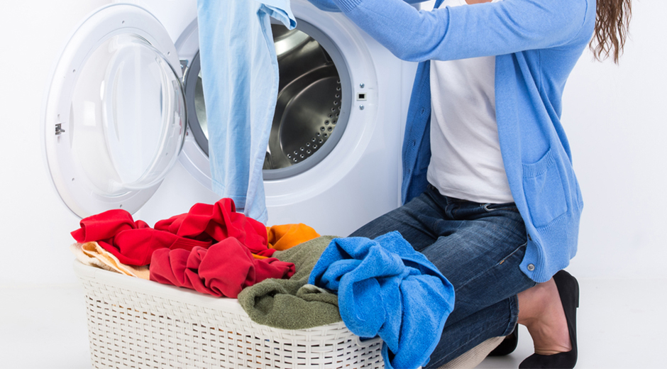 How To Remove Stains From Clothes After Washing Them